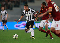 Roberto Pereyra during the Italian Serie A soccer match between   AS Roma and Juventus FC       at Olympic Stadium      in Rome ,March 02 , 2015