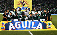 CALI - COLOMBIA - 14 - 06 - 2017: Los jugadores de Deportivo Cali, posan para una foto, durante partido de ida de la final entre Deportivo Cali y Atletico Nacional, por la Liga Aguila I-2017, jugado en el estadio Deportivo Cali (Palmaseca) de la ciudad de Cali. / The players of Deportivo Cali, pose for a photo, during a match of the first leg of the finals between Deportivo Cali and Atletico Nacional, for the Liga Aguila I-2017 at the Deportivo Cali (Palmaseca) stadium in Cali city. Photo: VizzorImage  / Luis Ramirez / Staff.