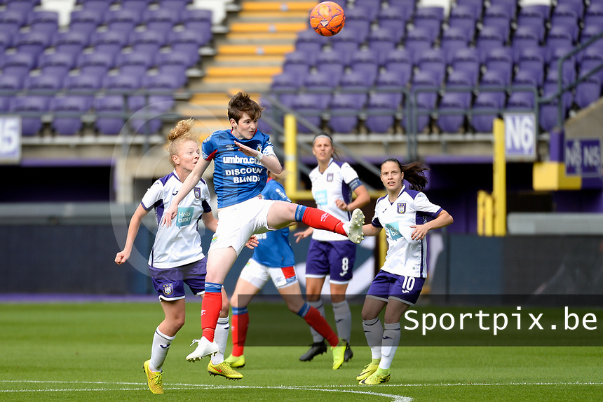 20190813 - ANDERLECHT, BELGIUM : Linfield's Kirsty McGuinness (11) pictured during the female soccer game between the Belgian RSCA Ladies – Royal Sporting Club Anderlecht Dames and the Northern Irish Linfield ladies FC , the third and final game for both teams in the Uefa Womens Champions League Qualifying round in group 8 , Tuesday 13 th August 2019 at the Lotto Park Stadium in Anderlecht , Belgium  .  PHOTO SPORTPIX.BE | STIJN AUDOOREN