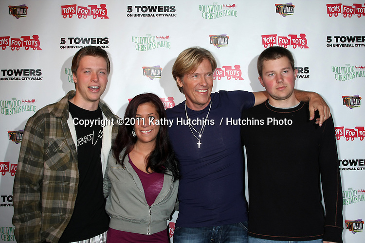 LOS ANGELES - NOV 22:  Son Harrison Wagner, Daughter Kerry Hentrich, Jack Wagner, Son Peter Wagner at the 2011 Hollywood Christmas Parade Concert at Universal Citywalk on November 22, 2011 in Los Angeles, CA
