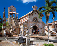 Dominikanische Republik, Altos de Chavon, Kuenstlerdorf, Kirche San Estanislao | Dominican Republic, Altos de Chavon, artist's village, church San Estanislao