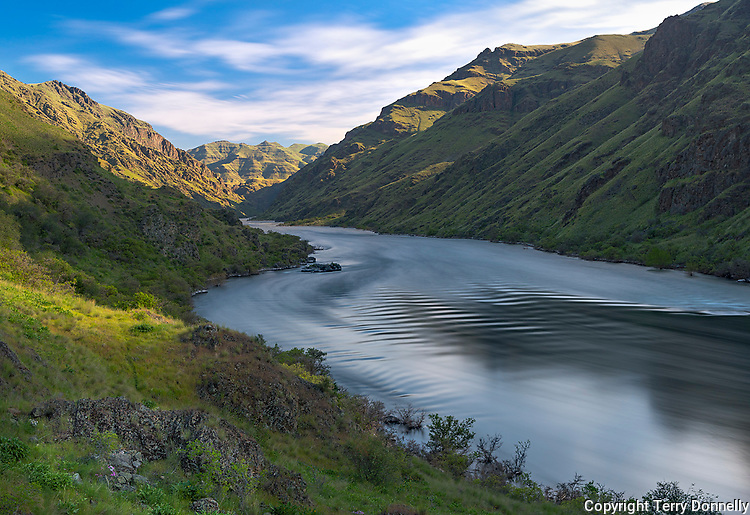 Hells Canyon NRA, Oregon/Idaho:<br /> Snake river reflecting the colors of the evening sky. NearTyrone Creek.