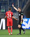 Schiedsrichter Felix Brych zeigt Sebastiaan Bornauw (nicht im Bild/ 1. FC Koeln) die gelb-rote Karte, Dominick Drexler (1. FC Koeln) reklamiert.<br /> <br /> Sport: Fussball: 1. Bundesliga: Saison 19/20: 28. Spieltag: TSG 1899 Hoffenheim - 1. FC Koeln, 27.05.2020<br /> <br /> Foto: Markus Gilliar/GES/POOL/PIX-Sportfotos.<br /> <br /> Nur für journalistische Zwecke! Only for editorial use!<br /> <br /> Gemäß den Vorgaben der DFL Deutsche Fußball Liga ist es untersagt, in dem Stadion und/oder vom Spiel angefertigte Fotoaufnahmen in Form von Sequenzbildern und/oder videoähnlichen Fotostrecken zu verwerten bzw. verwerten zu lassen. DFL regulations prohibit any use of photographs as image sequences and/or quasi-video.
