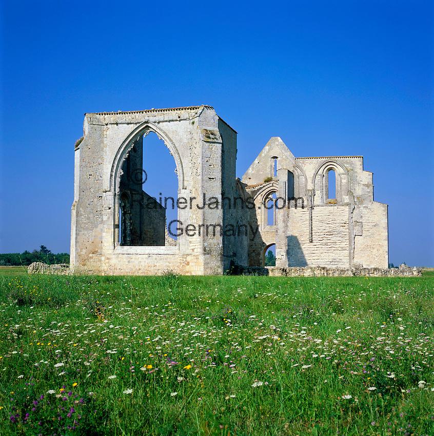 France, Poitou-Charentes, Charente-Maritime, Île de Ré (also named Ré la Blanche): Ruined Abbey Notre-Dame-de-Ré, named Les Châteliers, a former Cistercian abbey   Frankreich, Poitou-Charentes, Charente-Maritime, Île de Ré (auch genannt Ré la Blanche, Ré die Weisse): Ruinen der Abtei Notre-Dame-de-Ré, genannt Les Châteliers, ein ehemaliges Zisterzienserkloster