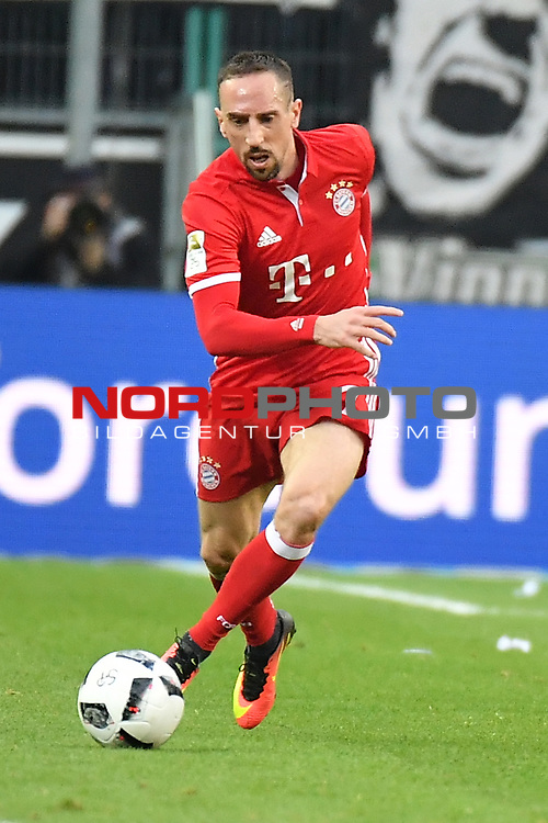 19.03.2017, Borussia-Park, Moenchengladbach, GER, 1.FBL., Borussia M&ouml;nchengladbach. vs. FC Bayern Muenchen<br /> <br /> im Bild / picture shows: <br /> Franck Ribery (FC Bayern Muenchen #7),Hochformat,Einzelaktion, Ganzk&ouml;rper / Ganzkoerper, <br /> <br /> <br /> Foto &copy; nordphoto / Meuter