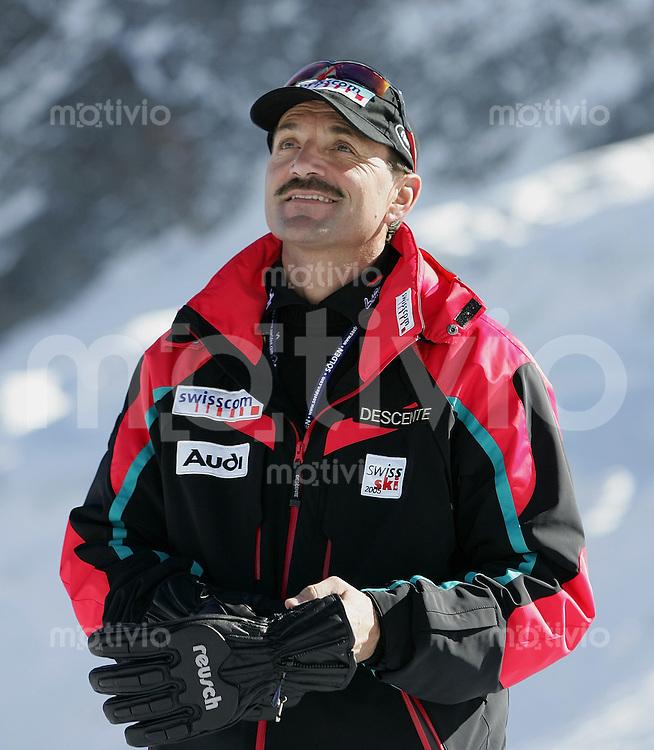 Ski Alpin; Saison 2004/2005 Riesenslalom Soelden Damen SUI Renndirektor; Chef Leistungssport beim Schweizer Ski Alpin Gian Gilli