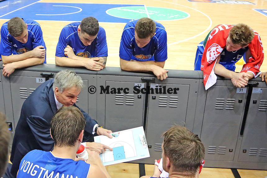 Trainer Gordon Herbert (Skyliners) - Fraport Skyliners vs. MHP Riesen Ludwigsburg, Fraport Arena Frankfurt