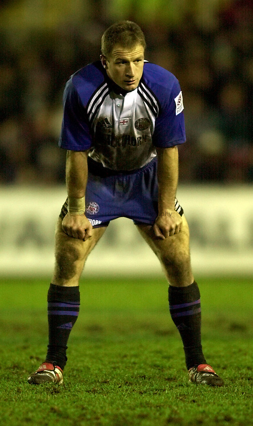 Photo. Richard Lane. .Leicester v Bath. Zurich Premiership. 16/12/2000..Mike Catt.