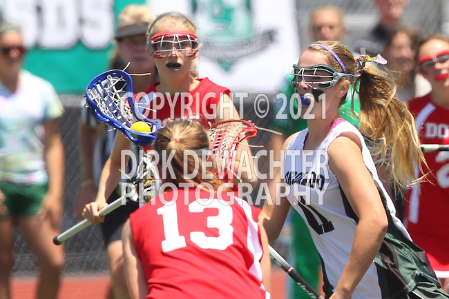 San Diego, CA 05/21/11 - Mary Braun (Coronado #11) in action during the 2011 CIF San Diego Division 2 Girls lacrosse finals between Cathedral Catholic and Coronado.