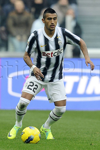 20.11.2011. Turin, Italy.  Series A Juventus Palermo   Photo shows Arturo Vidal as he moves forward with the ball