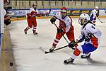 09.01.2020, BLZ Arena, Füssen / Fuessen, GER, IIHF Ice Hockey U18 Women's World Championship DIV I Group A, <br /> Daenemark (DEN) vs Frankreich (FRA), <br /> im Bild Madeleine Aalling (DEN, #15), Leane Nuttin (FRA, #9)<br /> <br /> Foto © nordphoto / Hafner