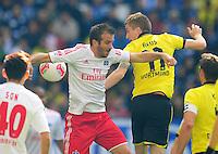 FUSSBALL   1. BUNDESLIGA   SAISON 2012/2013   5. Spieltag FUSSBALL   1. BUNDESLIGA   SAISON 2012/2013   5. Spieltag Hamburger SV - Borussia Dortmund                        22.09.2012         Rafael Van der Vaart (li, Hamburger SV) gegen Marco Reus (re, Borussia Dortmund)