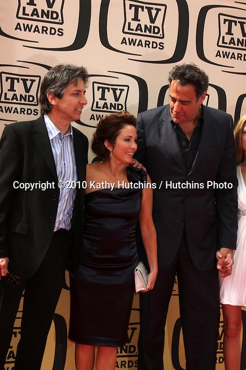 Ray Romano & Patrica Heaton, Brad Garrett .arrives at the 2010 TV Land Awards.Sony Studios.Culver City, CA.April 17, 2010.©2010 Kathy Hutchins / Hutchins Photo...