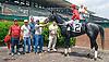 Luvin Bullies winning at Delaware Park on 5/27/15