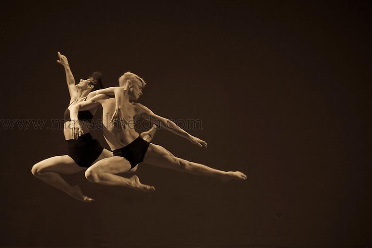 Dancers: Holly Noble & Brett Murray