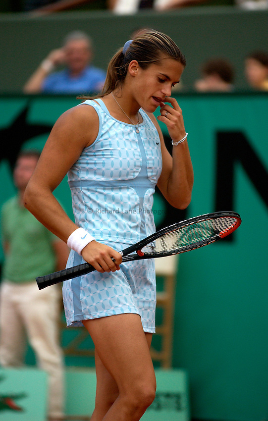 Photo. Jed Wee..French Open Tennis Championships, Roland Garros, Paris, France. 28/05/2003..Amelie Mauresmo.