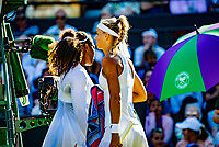 London, England, 2 th July, 2018, Tennis,  Wimbledon,   Arantxa Rus  (NED) is passing Serena Williams (USA) during changeover<br /> Photo: Henk Koster/tennisimages.com