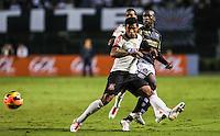 SAO PAULO, SP, 25 DE MAIO 2013 - CAMP BRASILEIRO - Seedorf (d) jogador do Botafogo durante partida contra Corinthians valido para pimeira rodada do Campeonato Brasileiro no Estadio do Pacaembu neste sabado, 25 FOTO VANESSA CARVALHO- BRAZIL PHOTO PRESS