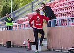 S&ouml;dert&auml;lje 2015-08-01 Fotboll Superettan Assyriska FF - &Ouml;stersunds FK :  <br /> Marko Mihajlovic , fd Hammarby , pratar med &Ouml;stersunds Dragan Kapcevic inf&ouml;r matchen mellan Assyriska FF och &Ouml;stersunds FK <br /> (Foto: Kenta J&ouml;nsson) Nyckelord:  Assyriska AFF S&ouml;dert&auml;lje Fotbollsarena Superettan &Ouml;stersund &Ouml;FK diskutera argumentera diskussion argumentation argument discuss portr&auml;tt portrait