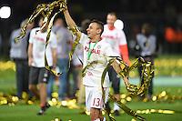 FUSSBALL  DFB POKAL FINALE  SAISON 2015/2016 in Berlin FC Bayern Muenchen - Borussia Dortmund         21.05.2016 DER FC BAYERN IST POKALIEGER 2016: Rafinha (FC Bayern Muenchen) jubelt mit Glitter