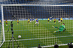 08.12.2018, Veltins-Arena, Gelsenkirchen, GER, 1. FBL, FC Schalke 04 vs. Borussia Dortmund, DFL regulations prohibit any use of photographs as image sequences and/or quasi-video<br /> <br /> im Bild Daniel Caligiuri (#18, FC Schalke 04) macht das Tor zum 1:1<br /> <br /> Foto © nordphoto/Mauelshagen
