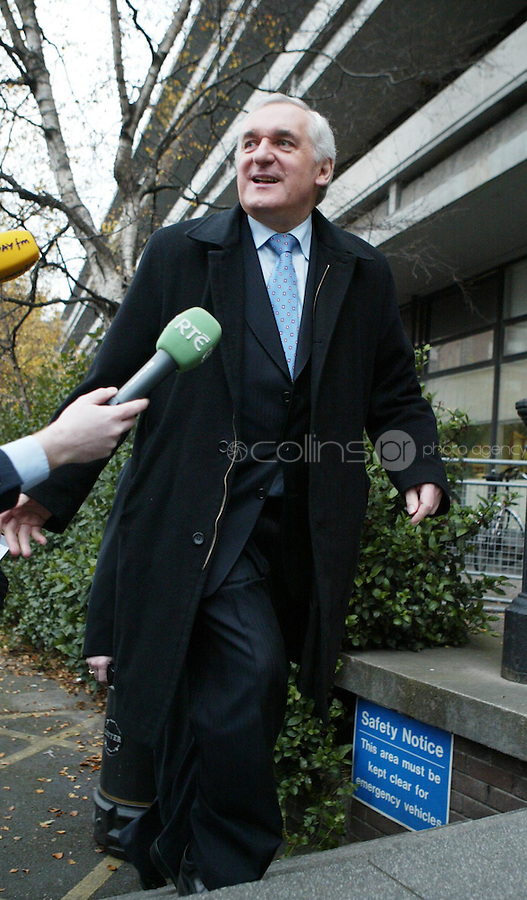 20/12/07 .Taoiseach Bertie Ahern arriving at the Mahon Tribunal in Dublin today.. Pic Collins Photos
