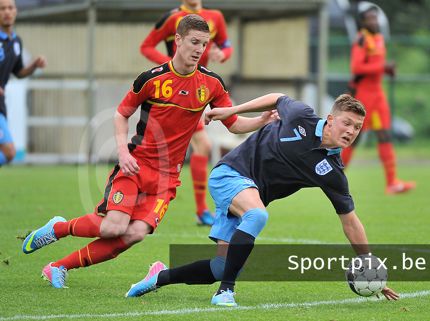 Belgium U19 - England U19 : Maximillian Clayton (7) and Belgian Gianni De Neve (16).foto DAVID CATRY / Nikonpro.be