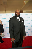 "ST. PAUL, MN JULY 16: Ed ""Too Tall"" Jones poses on the red carpet at the Starkey Hearing Foundation ""So The World May Hear Awards Gala"" on July 16, 2017 in St. Paul, Minnesota. Credit: Tony Nelson/Mediapunch"