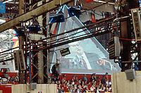- congresso nazionale del PSI (Partito Socialista Italiano) a Milano nell'area ex Ansaldo; interviene il segretario nazionale Bettino Craxi (maggio1989)....- national conference of the PSI (Italian Socialist Party) in Milan; speak the national secretary Bettino Craxi (may 1989)