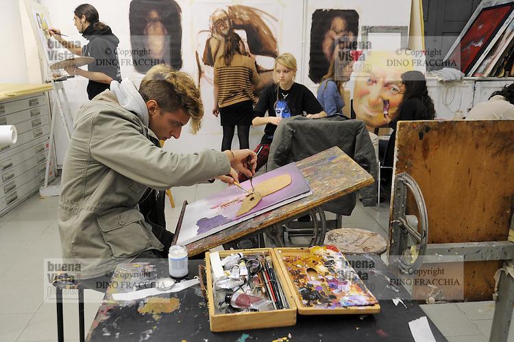 Accademia di brera dino fracchia photojournalist for Accademia di milano