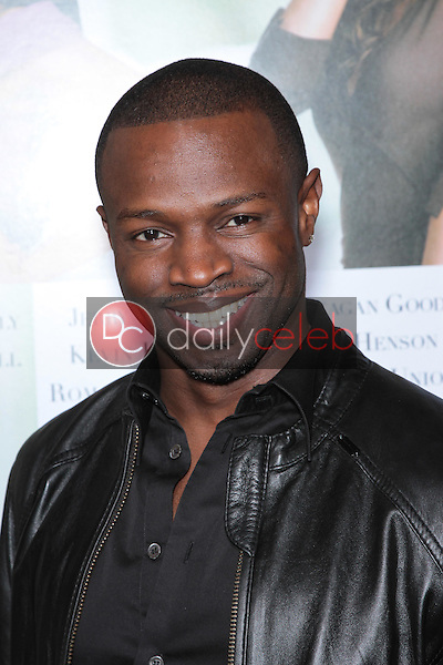 Sean Patrick Thomas<br />
