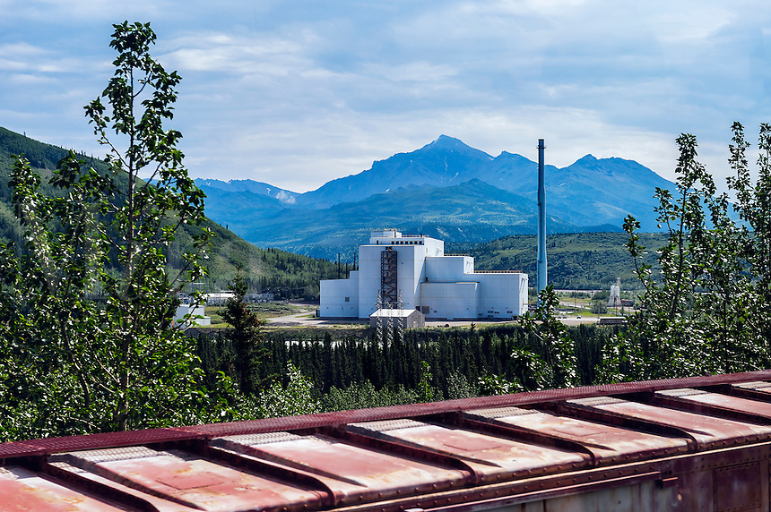 Coal power plant in Healy, Alaska, featuring state-of-the-art coal combustors and pollution controls, has passed its environmental compliance testing and is now generating electricity at full power for Alaskan consumers.