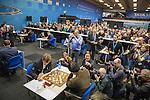 14012017,  Nederland, Wijk aan Zee, Tata Steel Chess tounament<br />  foto Michael Kooren<br /> Noorse superster van het mondiale schaken, Magnus Carlsen,  speelt in Wijk aan Zee voor de 13e keer.<br /> Veel fotopers aanwezig bij openingspartij Carlsen (l)