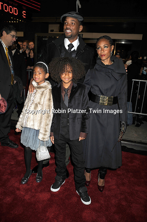"Will Smith, Willow, Jaden and Jada Pinkett Smith ..at The New York Premiere of ""The Day the Earth Stood Still"" on December 9, 2008 at the AMC Loews Lincoln Square. Keanu Reeves, Jennifer Connelly, Kathy Bates, ..Jaden Smith and Jon Hamm are in the movie....Robin Platzer, Twin Images"