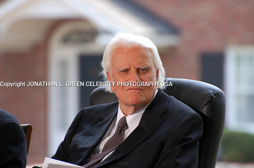 PRIVATE CEREMONY TO DEDICATE THE NEW BILLY GRAHAM LIBRARY IN CHARLOTTE , NC 05-31-2007 PHOTO BY JONATHAN GREEN-©CELEBRITY PHOTOGRAPHY USA