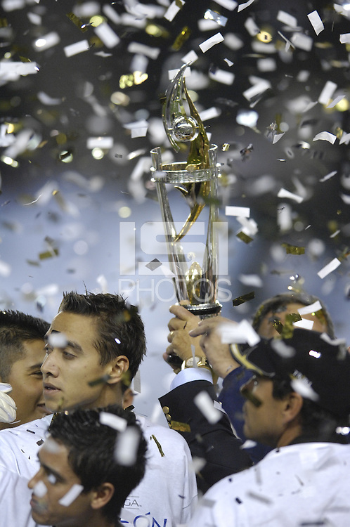 CF Pachuca players celebrate after winning the SuperLiga finals between the Los Angeles Galaxy of MLS and CF Pachuca of FMF at the Home Depot Center, Carson, CA, on August 29, 2007. Pachuca wins 4-3 on penalty kicks after the game finished in a 1-1 tie.
