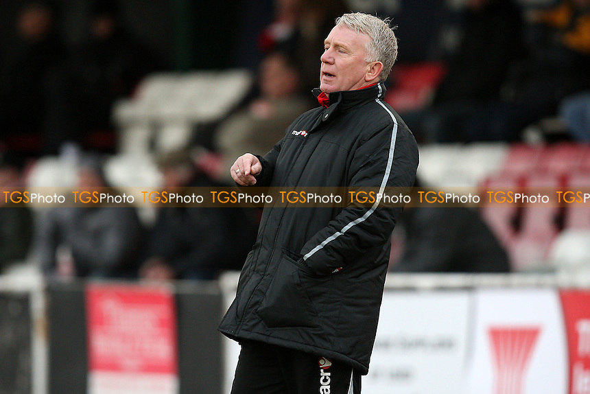 East Thurrock manager John Coventry - AFC Hornchurch vs East Thurrock United - Ryman League Premier Division Football at The Stadium - 28/01/12 - MANDATORY CREDIT: Gavin Ellis/TGSPHOTO - Self billing applies where appropriate - 0845 094 6026 - contact@tgsphoto.co.uk - NO UNPAID USE.
