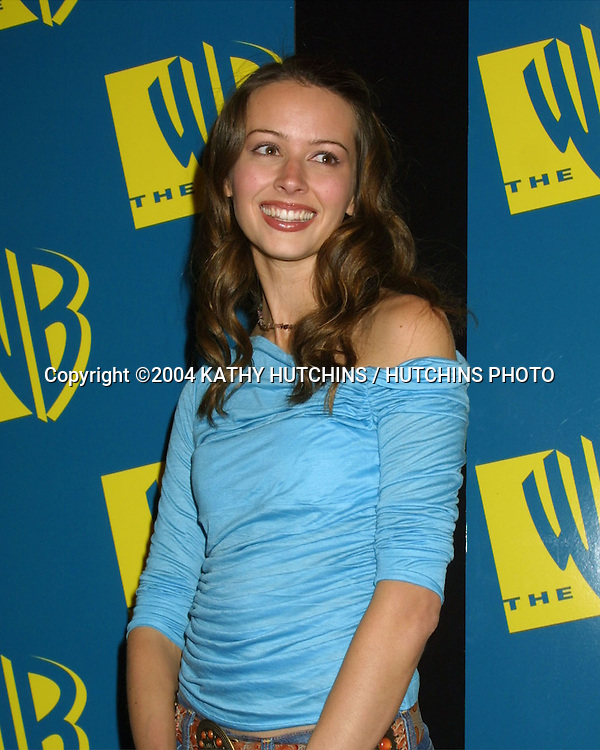 ©2004 KATHY HUTCHINS / HUTCHINS PHOTO.WARNER BRO TV TCA WINTER PRESS TOUR.PARTY.HOLLYWOOD, CA.JANUARY 13, 2004..AMY ACKER