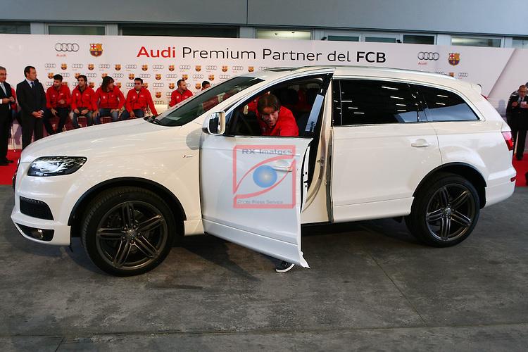 Maxwell, Q7. Entrega vehiculos Audi a los jugadores del FC Barcelona.