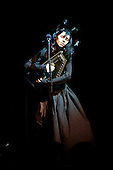 Oct 31, 2011: PJ Harvey - Royal Alber Hall London