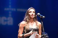 SAO PAULO, SP, 12 DE MARÇO DE 2013. PREMIO APCA 2012. Paula Perillo, do Ballet Stagium, recebe o premio de melhor bailarina de 2012 em dança da Associação Paulista dos Criticos de arte.  O evento da 57 edição do prêmio dos Melhores do ano da APCA aconteceu na noite desta segunda feira no Teatro  Paulo Autran no Sesc Pinheiros. FOTO ADRIANA SPACA/BRAZIL PHOTO PRESS de 2012