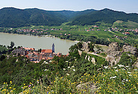 Austria, Lower Austria, UNESCO World Heritage Wachau, view from ruin Duernstein towards wine town Duernstein with the blue-white tower of the Collegiate church across river Danube towards wine village Rossatzbach