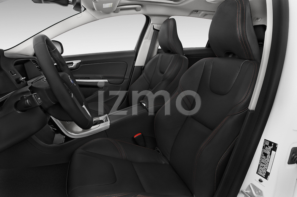 Front seat view of 2018 Volvo V60 T5-Cross-Country 5 Door Wagon Front Seat  car photos