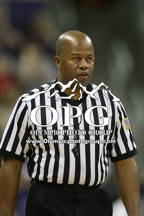 Mar 05, 2011:  NCAA Basketball referee Frank Harvey was on hand to officiate the game between Washington and USC.  USC defeated Washington 62-60 at Alaska Airlines Arena Seattle, Washington...