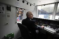 Roma, 5 aprile 2012.Trenitalia presenta i nuovi treni per i pendolari.Vivalto. Ferrovieri.Conducente