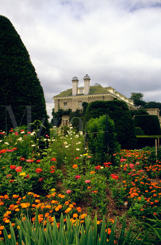 The garden and mansion in the Harkness Memorial State Park. New London, Connecticut.