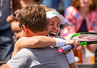 Rosmalen, Netherlands, 16 June, 2019, Tennis, Libema Open, Winner Alison Riske (USA) celebrates with her coach<br /> Photo: Henk Koster/tennisimages.com