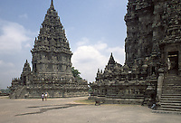 Indonesia, Java island; Yogyakarta : Prambanan Temple, UNESCO World Heritage Site.<br /> Indonesia; Giava; Yogyakarta, Tempio Prambanan, bene protetto dall'UNESCO.patrimonio dell'umanit&agrave;.