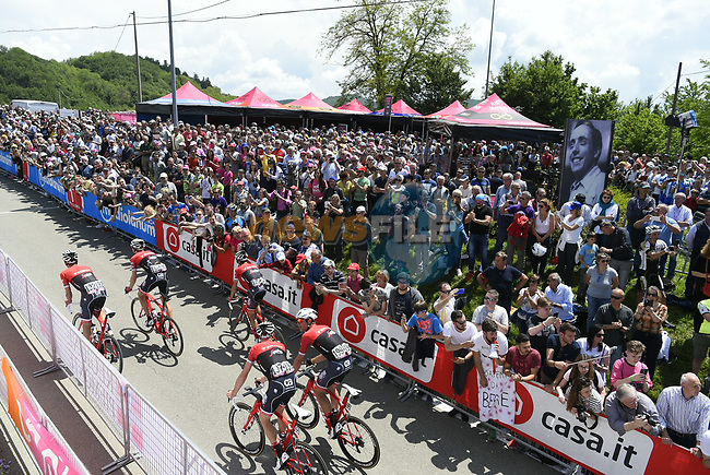 Trek-Segafredo team arrive at sign on before the start of Stage 14 of the 100th edition of the Giro d'Italia 2017, running 131km from Castellania to Oropa, Italy. 20th May 2017.<br /> Picture: LaPresse/Fabio Ferrari | Cyclefile<br /> <br /> <br /> All photos usage must carry mandatory copyright credit (&copy; Cyclefile | LaPresse/Fabio Ferrari)
