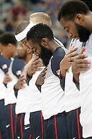 USA's players listening to the national anthem before 2014 FIBA Basketball World Cup Round of 16 match.September 6,2014.(ALTERPHOTOS/Acero)